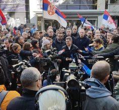 Oporba u Srbiji blokirala RTS jer rade za vlast, a ne za javnost