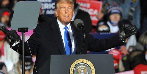 """Trump u Nebraski """"budan sanjao"""": 'Srbija i Kosovo kolju se 400 godina, a ja sam ih pomirio za 20 minuta'"""