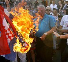 POSRNUĆE IDENTITETA Dva HDZ-a u koaliciji sa Šešeljovom i Dodikovom strankom